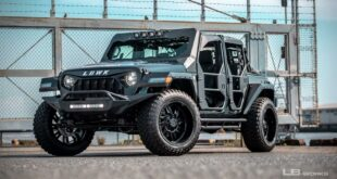 Liberty Walk Widebody Kit Fairline Jeep Wrangler 3 310x165 Liberty Walk Widebody Kit jetzt auch für den Jeep Wrangler!