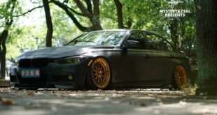 Matt black BMW 3er Li Airride ESR rims 20 310x165 Auto Shanghai: BMW iX, 7er Two Tone, i4 M Sport and iDrive!