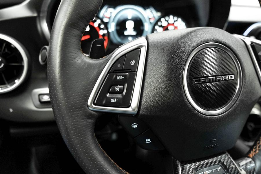 2017 SEMA Chevrolet Camaro Coupe mit ZL1 1LE Optik 2 2017 SEMA Chevrolet Camaro Coupe mit ZL1 1LE Optik!