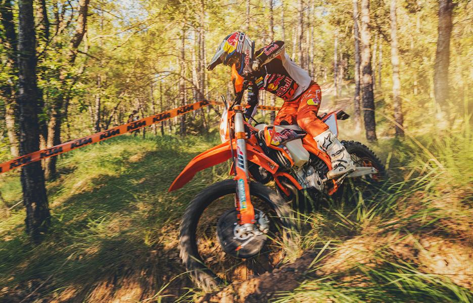 KTM 350 EXC F FACTORY EDITION 6 Limitiert: KTM 350 EXC F Factory Edition 2022 ab Herbst!