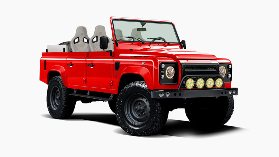 Land Rover Defender Chevy V8 Jeep Function Black Bridge Motors 12 Land Rover Defender mit Chevy V8 und Jeep Rahmen!
